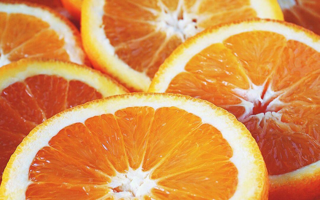 Orangecello: likeur gemaakt van sinaasappelschillen